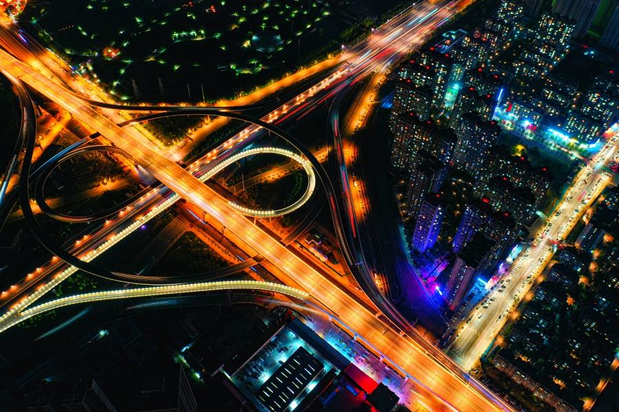 新能源汽车回归市场导向   充电桩迎来发展风口