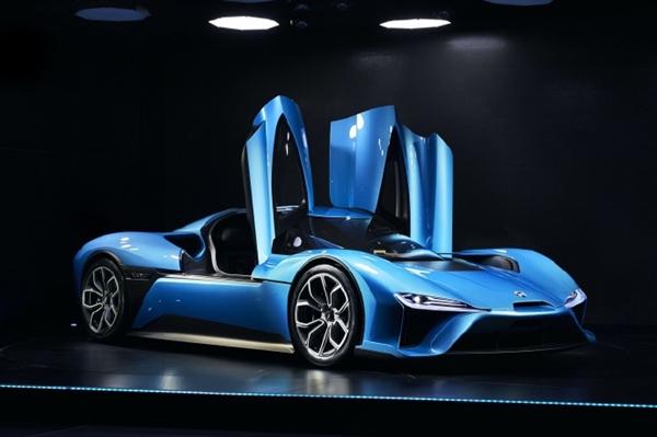 电动超级跑车蔚来EP9售价近千万破获多项世界纪录