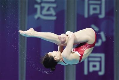 十四运会陕西选手成功蝉联跳水女子个人全能项目冠军