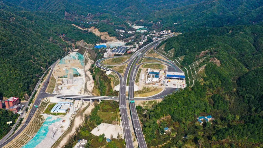 预计到今年年底河南全省高速公路通车里程将达7216公里