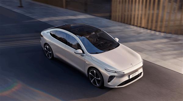 蔚来ES8标准续航电池包车型的起售价约为46万元
